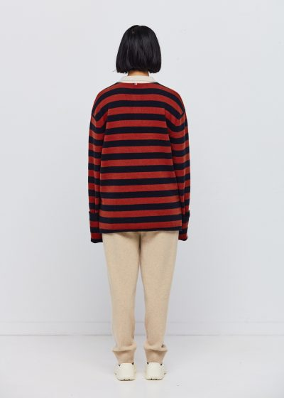 N°199 'Alligator' sweater (available in 3 colours) by Extreme Cashmere
