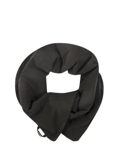 Padded scarf in pop oil velvet black by KASSL editions