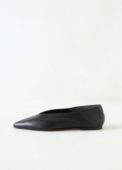 Black leather 'Moa' flats by Aeyde