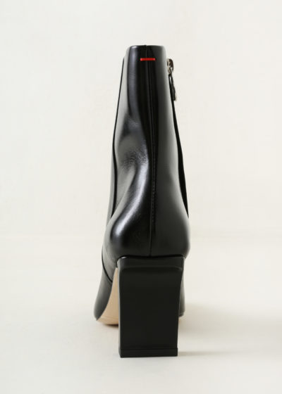 'Belle' boot by Aeyde
