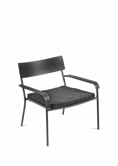 August Cushion Lounge Chair by Vincent Van Duysen