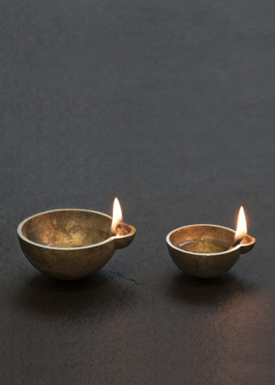 'Diya' brass oil lamps (set of 4 small) by Case Goods