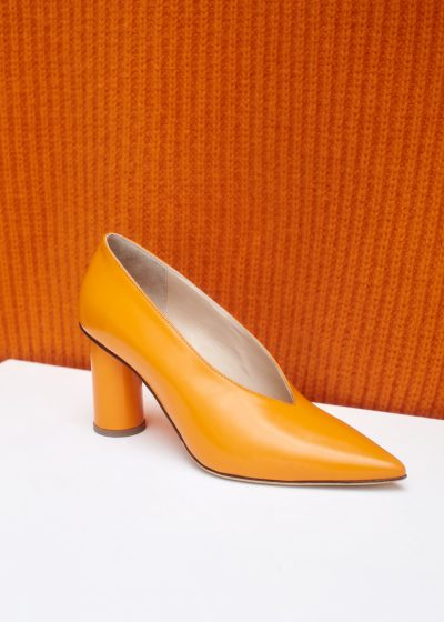 Andina pump (available in 2 colors) by Christian Wijnants