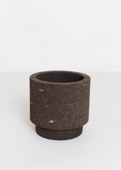 Mother vase 01 by Studio Corkinho