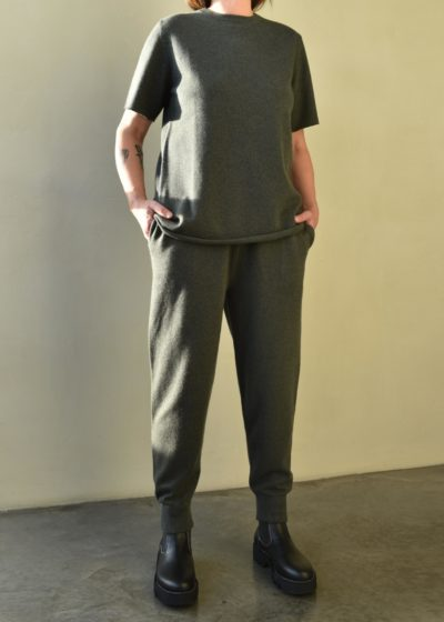 N°56 'Yogi' pants by Extreme Cashmere