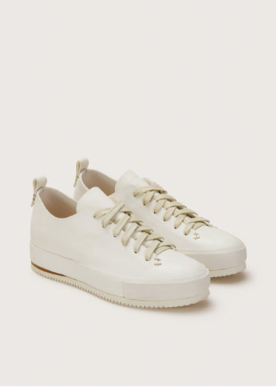 Hand sewn low sneaker (available in 2 colours) by Feit