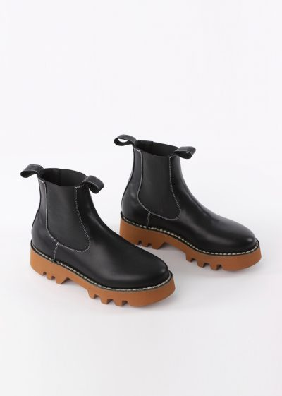 'Foal' boot (available in 3 colours) by Sofie D'hoore