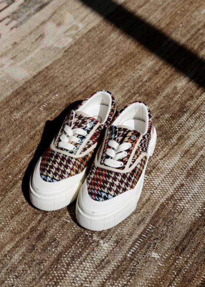 Checked sneakers (brown/blue) by Good News