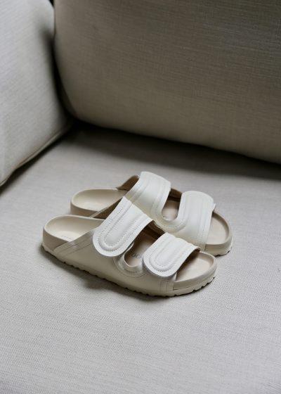 'The Mudlark' sandals (cream) by Toogood