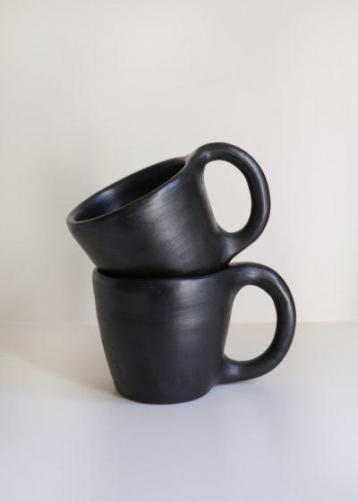 Black coffee mug H7cm by Indigena
