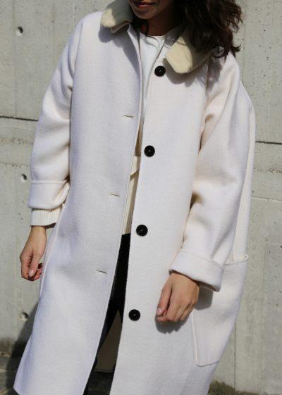 'Cove' wool coat with velvet collar by Sofie D'hoore