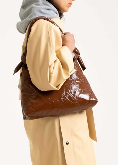 Lady bag in leather lacquer cognac by KASSL editions