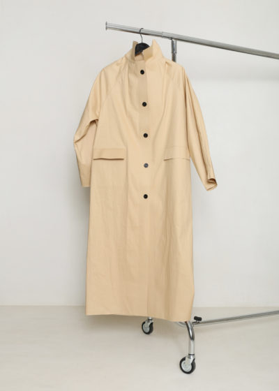 Maxi KASSL trench in beige by KASSL editions