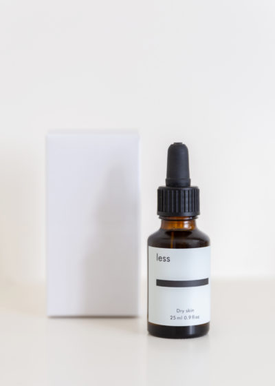 Face oil for dry skin by Less