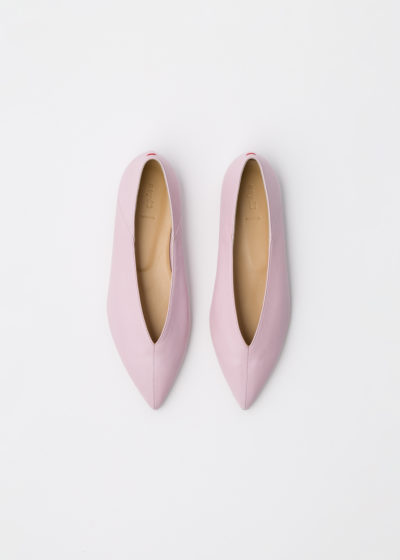 'Moa' petal pink flats by Aeyde