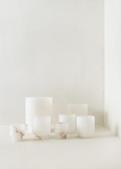 Alabaster Tlight holder S by Michaël Verheyden