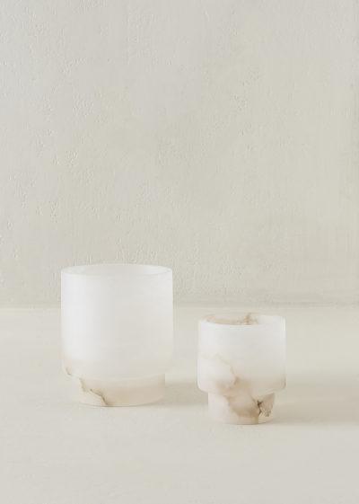 Alabaster Tlight holder M by Michaël Verheyden