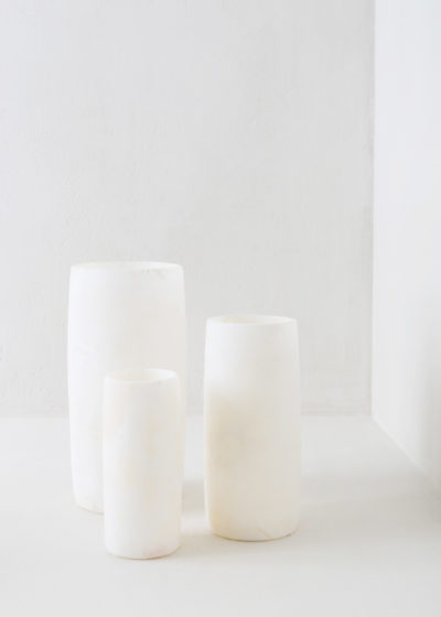 Cylinder candleholder in alabast (Large) by Sirocco