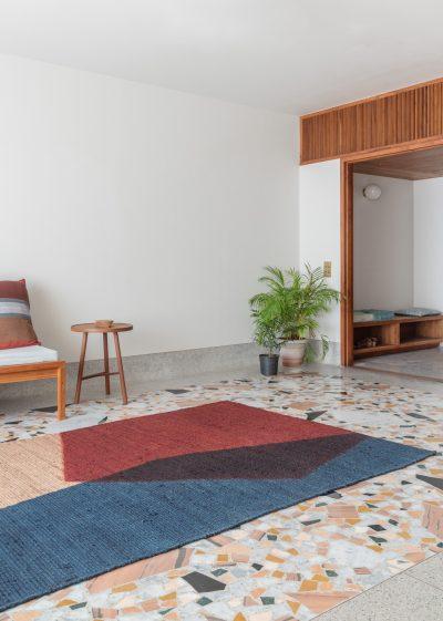 Medium 'Umbra' jute rug (152 x 228cm) by Case Goods