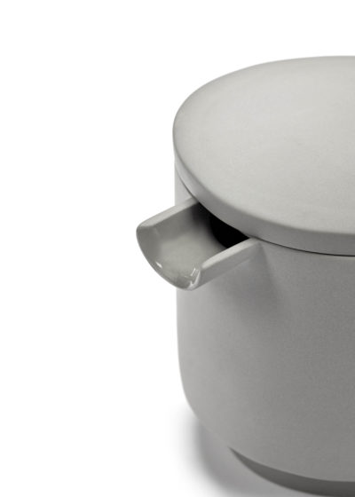 Asymmetrical teapot (available in two colours) by Maarten Baas for valerie_objects