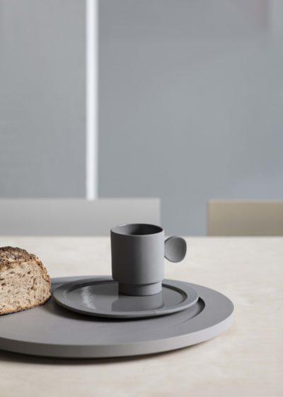 Asymmetrical tray L in light grey by Maarten Baas for valerie_objects