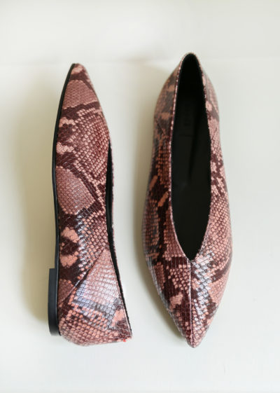 'Moa' python flats by Aeyde