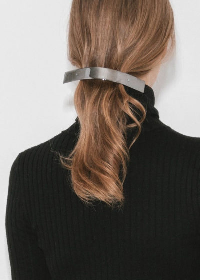 Oversized 'Barrette 077' hair clip by Sylvain Le Hen