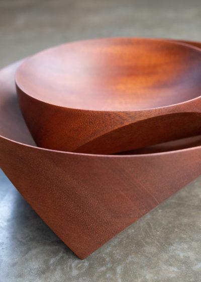 Topological Teak bowl (20 cm) by Case Goods