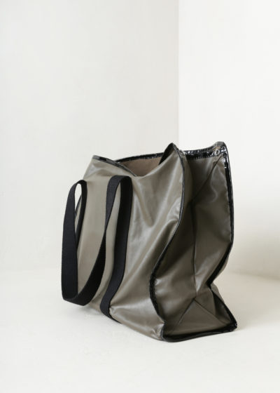 Zip bag (oil khaki) by KASSL editions