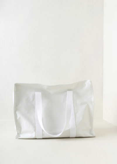 Zip bag (oil white) by KASSL editions