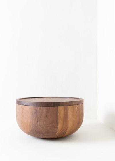 Busk walnut bowl by Michaël Verheyden
