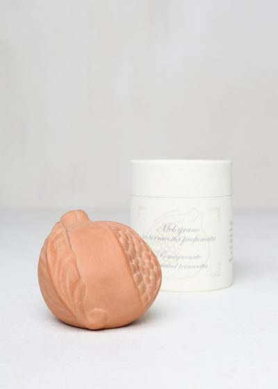 Melograno scented terracotta by Santa Maria Novella