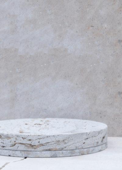 Concrete vide-poche L by Studio Corkinho