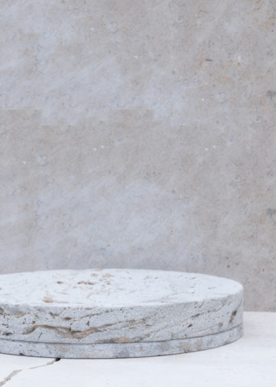 Concrete vide-poche L by Studio Corkinho