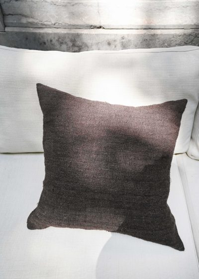 Pillow Chanvre Brut 60x60cm by Isabelle Yamamoto
